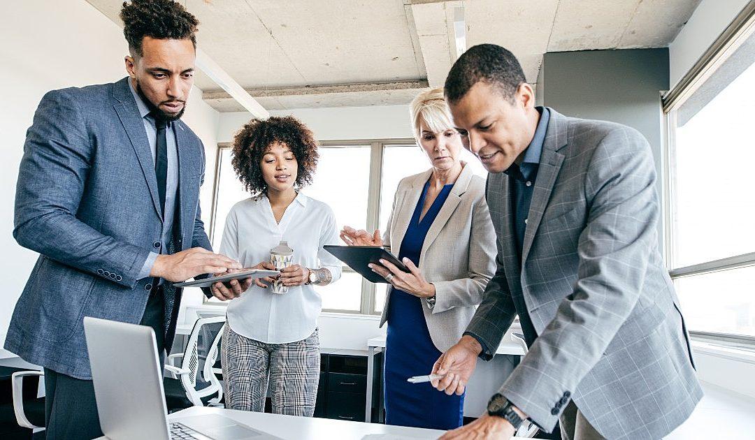 A tecnologia pode aumentar o engajamento de colaboradores