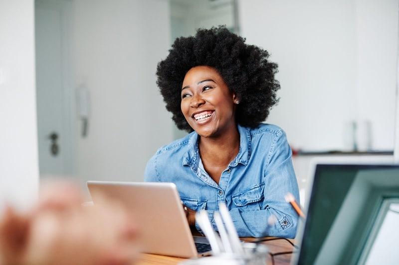 Intervalos de intrajornada e interjornada trazem bem-estar ao colaborador: saiba como controlar